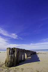 The Groynes Port Fairy (Shadow) (vonSchnitzenberg) Tags: ocean blue sky beach australia ciel nuages plage portfairy groins bassstrait thegroins