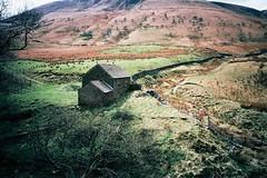 (Aage Drake) Tags: house mountain film stone 35mm walking landscape view peakdistrict rambling ricohgr1s kodakektar100 barbersbooth