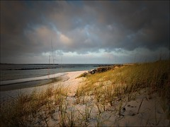 EARLY MORNING AT THE BEACH... (photogtom43) Tags: beach gulfofmexico sand florida earlymorning d100 panamacitybeach nkon standrewsstatepark floridastateparks nikkor1855afsvrlens