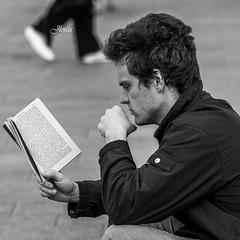 Lectura (JavierLorca) Tags: hair book libro chico pelo lectura