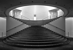 Treppe/Stairs*explored* (stevefoltinek) Tags: museumsmeile blackwhite treppe stairs tokina1116 bonn kunstmuseum