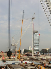 Wood Wharf - TC5 installation (25.08.2016) (The Shard Baby 1998) Tags: building buildings construction underconstruction london architecture tallest skyscraper theshardbaby development cranes woodwharf canarywharf a2 a3 a1 e1 e2 residential