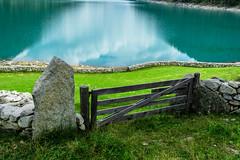 The gate (Agnolo) Tags: d7100 nikon 1685 nikkor cancello gate landscape field lago lake neves
