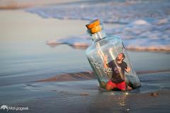 El final del camino - Finish way (marujageek) Tags: way camino playa beach mar sea agua water botella bottle nafrago castaway