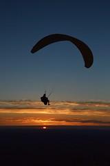 DSC_1745 (justinecharrel) Tags: sunset coucher de soleil auvergne france puydedome volcan montagne nature landscape paysage colors orange red blue sky clouds sun parapente parasailing nikon nikond3200 out
