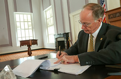 09-08-2016 Governor Bentley signs BP Settlement Act