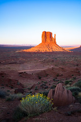 Monument Valley Morning (Ding Ying Xu) Tags: monumentvalley navajo morning desert rockformations arizona