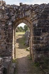 Bayham Abbey 23 (mini-b) Tags: bayhamabbey ruins englishheritage 13th15thcentury frant eastsussex canon eos5dmkii ef28300mm3556lisusm 2016