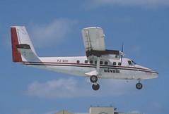 283bi - Winair DHC-6 Twin Otter 300; PJ-WIH@SXM;05.03.2004 (Aero Icarus) Tags: slidescan plane avion aircraft flugzeug princessjulianainternationalairport mahobeach saintmartin sxm