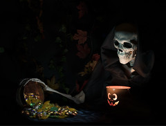 Candies Grubber (Florencetale) Tags: halloween skeleton autumn black bones candies candle cloak creepy dark darkpainting devilish disguise evil flashlight frighten ghastly ghost grim happyhalloweencard hood lantern light monk naturmort night oldpainting pumpkin shadow skull smile spooky supernatural sweets thrilling treats automne