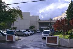 Many people seem to be in a school even though it's on Sunday. (fukapon) Tags: frommywindow  hirosaki  aomori k3 smc pentax fa 35mm f20 smcpfa35mmf20al ichikawasoftlaboratory silkypix silkypixdeveloperstudio7 tweet