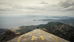 Waiting (Sven von Lilienfeld) Tags: elba italy italia italen insel panorama ocean blick view isoladelba mountain mountains landscape