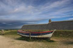 Ancienne coque. (yannrichard170) Tags: boat coque barque shoreline landscape chaumire ciel sky brittany bretagne pche fishing