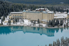Beginning of Winter at The Fairmont (Mike_Herdes) Tags: fairmont lake louise banff national park chateau hotel trees snow