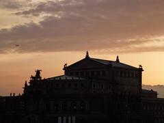 Semperoper - Dresde (Dresden) - Allemagne (Philippe[s] de l'Escalier) Tags: abend dresden mai dmmerung soir crpuscule semperoper dresde maiabend