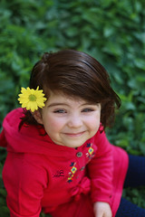 Sara (najla sohaibani) Tags: flower green girl yellow sara child dress   goodevening