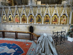 In der Kathedrale von Winchester, hinter dem Hochaltar. (Swassermatrose) Tags: england church cathedral kathedrale kirche hampshire winchester 2016