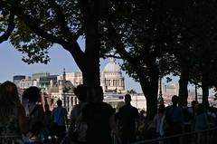 30 C in the shade - London (Englepip) Tags: architecture busy sweet people silhouette trees stpauls london embankment south sun heat crowds urbab