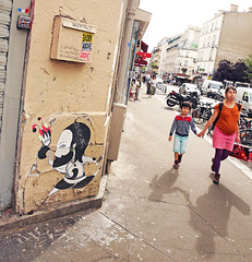 Paris (kirstiecat) Tags: paris france europe fredlechevalier streetart street canon shadows people strangers son mother pregnant holdinghands