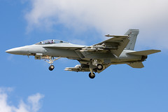 Boeing F/A-18F Super Hornet (Vortex Aviation Photography) Tags: jet military fighter unitedstatesnavy usa navy boeing fa18f super hornet 168930 farnborough airshow hampshire airdisplay jetfighter
