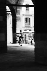 Piazza Mercanti (Aschenbachster) Tags: piazzamercanti milan street