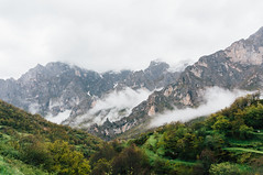 Picos de Europa (Ivan_Fle) Tags: mountain montaa leon castillayleon spain sony nex6 sonynex6 sonyalpha vsco lightroom clouds nubes landscape paisaje beauty