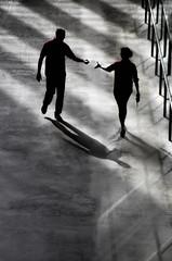 London_DSC4554F (JPPimenta) Tags: london shadows color people take street photography art artistic londres paper