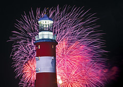 Purple Bursts (jamiegaquinn) Tags: fireworks plymouth hoe plymouthhoe smeatonstower nationalfireworkscompetition britishfireworkschampionships purple bursts smeatons tower iplymouth charity calendar 2017 2016