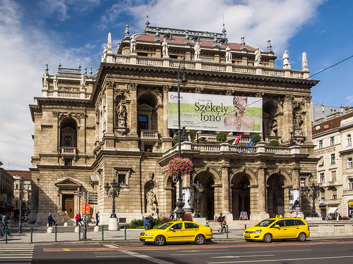 Thumbnail from Hungarian State Opera House