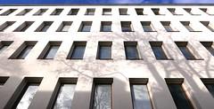 Metstalo (neppanen) Tags: sampen discounterintelligence helsinki suomi finland helsinginkilometritehdas piv73 reitti73 pivno73 reittino73 metstalo rakennus building yliopisto helsinginyliopisto