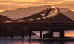 The Atlantic Ocean Road - Norway (~ Floydian ~ ) Tags: henkmeijer photography floydian norway atlanticoceanroad atlanterhavsveien atlantic ocean road norwegian moreogromsdal sunrise morning dawn traffic bridge mountain mountains twilight canon canonef300mmf28lusm canoneos1dsmarkiii brilliant wow