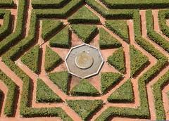 Gardens of Spain (richardr) Tags: garden spain segovia castillaylen castileandleon europe european history heritage historic old fountain alczar green espaa hedges formalgarden jardin castile