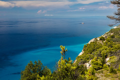 Colors (Thomas Mulchi) Tags: westcoast lefkada ionianislands greece 2016 sea azure turquoise summer humid hot notphotoshopped colors green trees peloponnisosdytikielladakeio peloponnisosdytikielladakeionio gr
