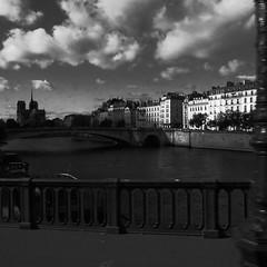 photowalk3 (lux fecit) Tags: paris photowalk onedayinparis laseine notredame sky ilesaintlouis sun contrast nb bw