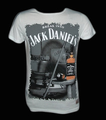 Tricou Break Into Jack Daniels (ralucarrr) Tags: jack break daniels tricou into
