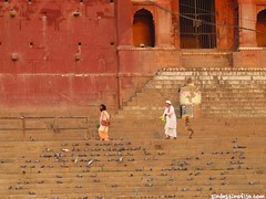 "Varanasi y su gente • <a style=""font-size:0.8em;"" href=""http://www.flickr.com/photos/92957341@N07/8751513675/"" target=""_blank"">View on Flickr</a>"