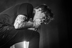 The Amity Affliction (Radiosuicide) Tags: concert sweden napoleon affliction amity stickyfingers musicphotographer heartinhand musicphotography nikond300 theamityaffliction radiosuicide theplotinyou radiosuicidephotography rsptv