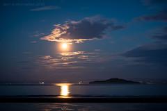 Moonrise over The Forth (ianrwmccracken) Tags: moon moonrise river forth sea island inchkeith pettycur beach fife scotland nikon
