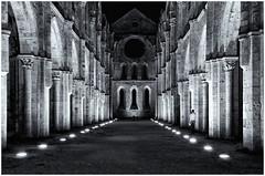 _DSC1146-292 (GienBi) Tags: biancoenero contrasto architettura architecture chiesa sangalgano san galgano notte night light abbazia toscana nikon d7000