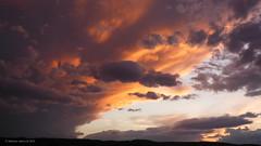 Felhk a napszlltban (A. Meli) Tags: felhk felhs clouds cloud sunset naplemente napszllta wolken wolke sonnenuntergang landscape landschafstbild tjkp termszet nature natur szabadban outdoor drausen ngc