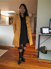 IMG_3728 (Henry Maddocks) Tags: ootd edna boots coat rubber