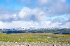 Weite (~janne) Tags: berge europa himmel kamera schnee umwelt winter clouds em1 environment europe lappland omd schweden sky wolken nordland norwegen se