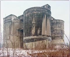 Jaworzno, Poland. (wojszyca) Tags: mamiya rz67 6x7 120 mediumformat 75mm shift kodak portra 160 gossen lunaprosbc epson 4990 industrial decay abandoned ruins cementplant concrete architecture