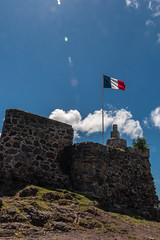 Fort St Louis - Marigot - [Saint-Martin] (Thierry CHARDES) Tags: fortifications tricolore drapeau fort sigma1750mmf28 frenchwestindies antilles carabes caribbean france