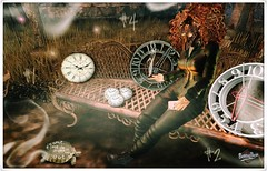 come, time is running out (PiRaTin 68) Tags: momento spirit iconic tmd contraption