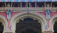 Thirumala Inaick Palace - Madurai (10) (Richard Collier - Wildlife and Travel Photography) Tags: india tamilnadu thirumalainaickpalace madurai decorative palace