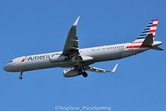 DSC_0571_771 (thokaty) Tags: americanairlines airbus a321 a321231 oneworldalliance kbos bostonloganairport n150nn eis2015 mia