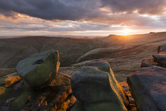 The Wool Packs (Paul Newcombe) Tags: woolpacks kindersocut peakdistrict uk england sunset mountain autumn hills gritstone derbsyhire swinesback landscape canon1635f4l paulnewcombephotography britnatparks nationalpark rocks outdoor outdoors