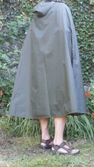 Rainmac-gruen-SDC17401 (Umhaenge2010) Tags: cape cloak cloack umhang regenumhang raincape capeimpermable