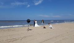 Bruidsreportage op het strand van Zandvoort (Bobtom Foto) Tags: zandvoort kennemerland netherlands buidsreportage bruid bruidegom fotografie